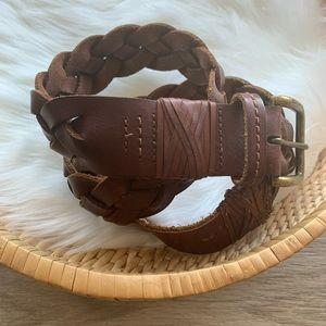 3/$25 Abercrombie soft leather braided belt sz Med